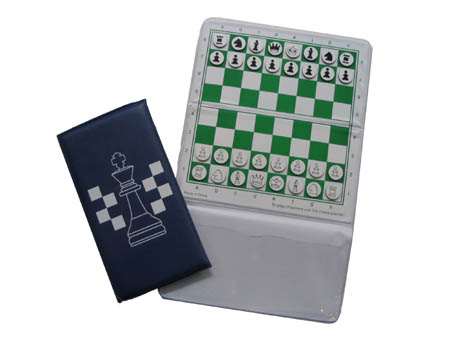 POCKET CHESS SET FOLDING BLUE