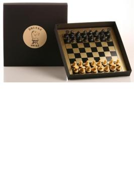 DRUEKE MAGNETIC TRAVEL CHESS SET